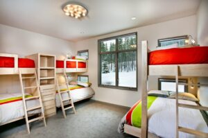 3bedroom flushmount ceiling light-min