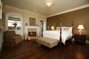 5glass ceiling light bedroom-min