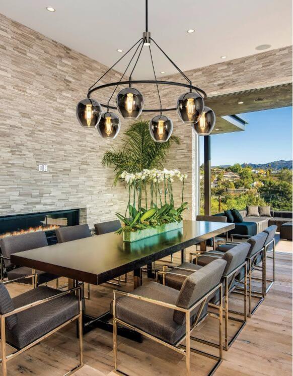 3eye-poping dining room