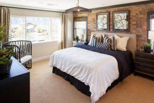 mesh chandelier bedroom1