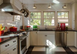 7Iron Wall light - kitchen1