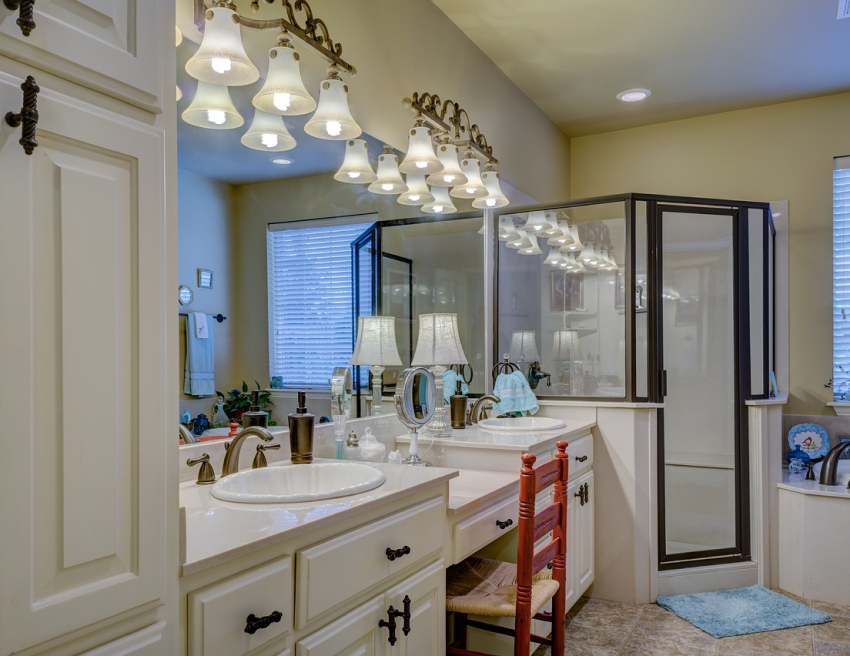 3 Bathroom Vanity Light Ideas You Don't Want to Miss